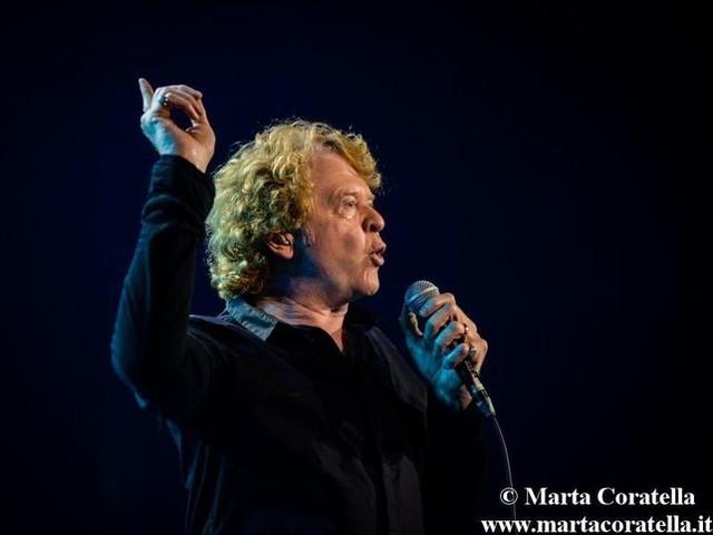 Simply Red, le dieci volte nella Top Ten italiana di Mick Hucknall