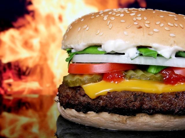 L'hamburger di Bill Gates (e le mucche non servono più)