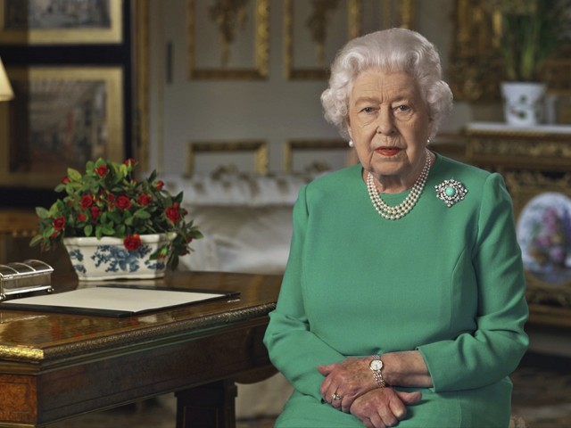 Ecco perché la regina Elisabetta II non sarà mai regina d'Inghilterra