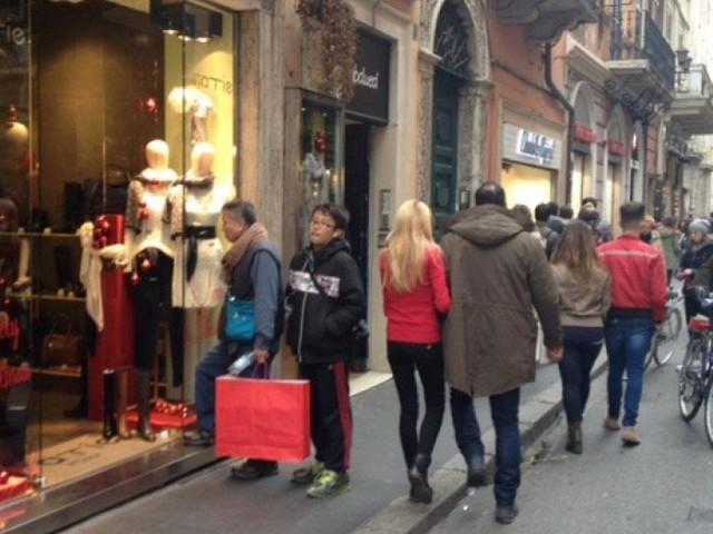 Sicurezza a Roma, niente vigili per le strade: in 17 a controllare il Centro