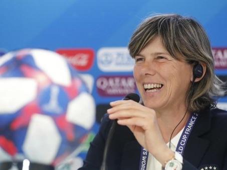 Nazionale femminile, il ct Bertolini: «Per regalo voglio i quarti»