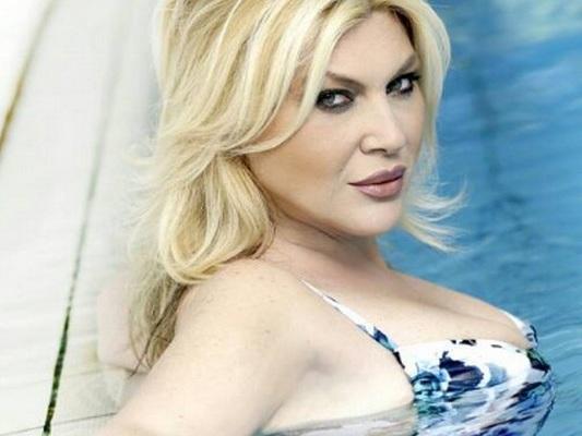 Nadia Rinaldi a Verissimo: 'contro di me un'associazione a delinquere'