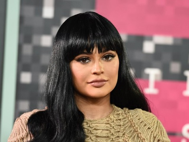 Kylie Jenner vende il 51% di Kylie Cosmetic