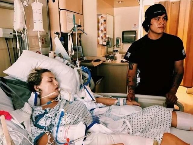 """Fuma la sigaretta elettronica per 3 anni, 18enne entra in coma: """"È una follia"""""""