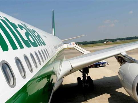 "Alitalia, si allontana l'ipotesi ""spezzatino"""