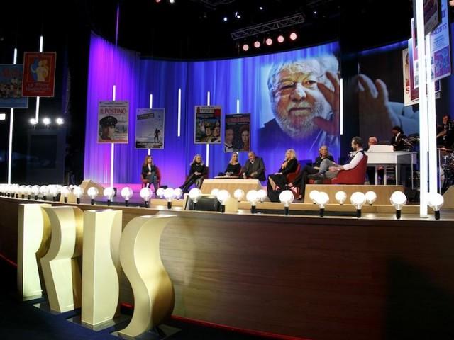 Maurizio Costanzo Show: uno speciale per i 10 anni di Iris