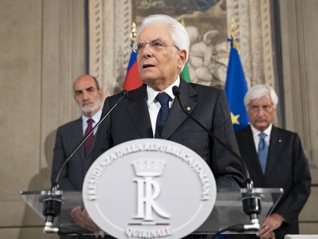 """Mattarella concede tempo per nuove alleanze: """"Martedì svolgerò nuove consultazioni"""""""