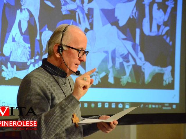 """[ photogallery ] Il vescovo Derio ha aperto il nuovo ciclo di conferenze """"Fede con arte"""""""
