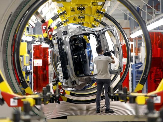 """Matrimonio Fca-Peugeot ll Wsj: """"Accordo raggiunto"""""""