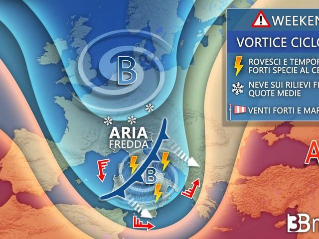 Meteo WEEKEND. BURRASCA AUTUNNALE imminente. CICLONE con MALTEMPO, FORTI VENTI, GRANDINE e NEVE
