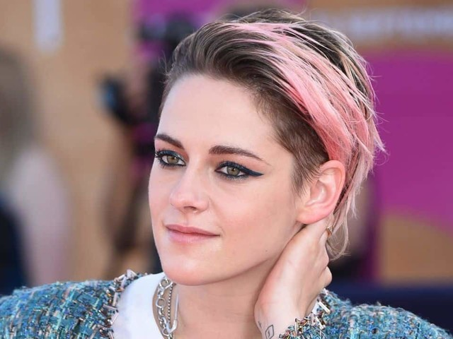 Kristen Stewart ha visto The Crown 4 per prepararsi al ruolo di Lady Diana