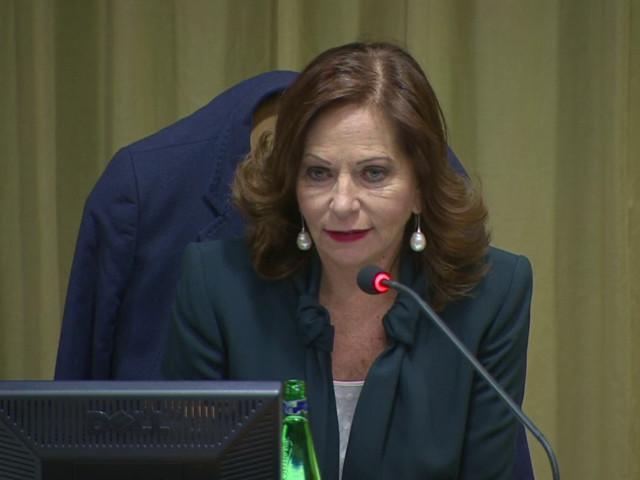 Valentina Alazraki: più trasparenza nella comunicazione su abusi