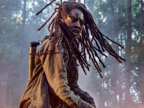 La prima immagine di The Walking Dead 10 mostra Michonne in azione: uscita di scena epica per Danai Gurira?