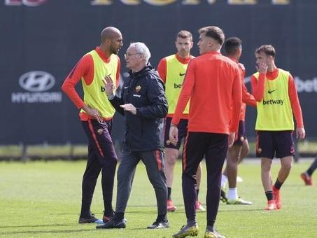 Roma, Ranieri tiene la Champions sotto coperta