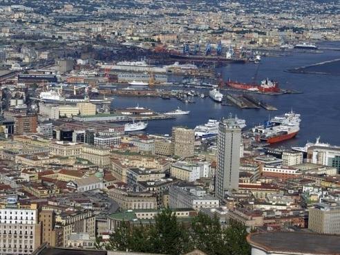 Cosa vedere a Napoli e dintorni in 2 giorni: i 10 luoghi imperdibili