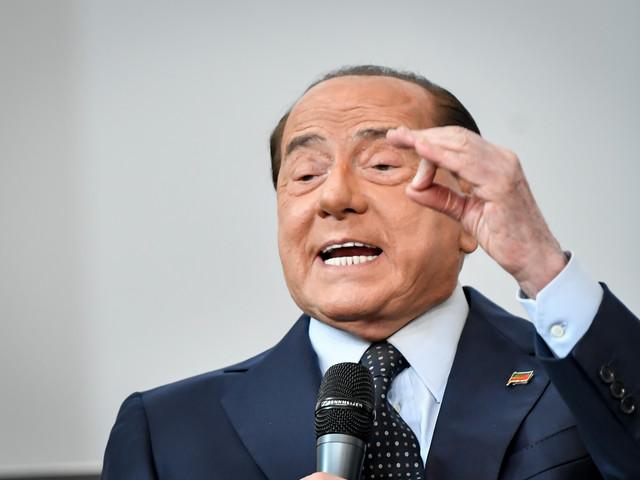 """Berlusconi: """"Non sosterremo Conte. FI si stringe intorno alle istituzioni"""""""