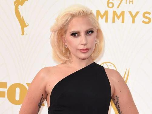 Lady Gaga si è fidanzata: ecco l'uomo misterioso, video