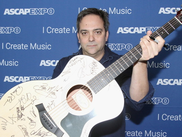 Morto per coronavirus Adam Schlesinger dei Fountains Of Wayne