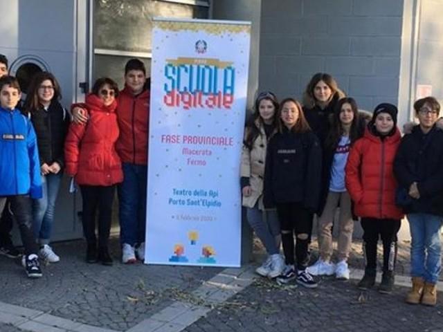 """Tolentino, Premio Scuola Digitale: gli alunni dell'Istituto """"Lucatelli"""" sul podio"""