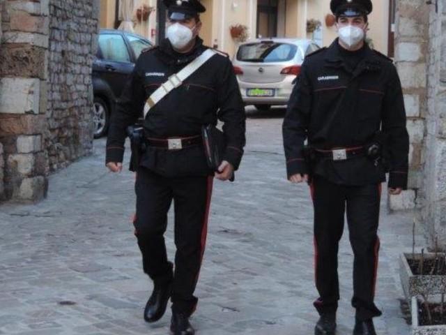 Nocera Umbra: Hashish nel comodino, 22enne denunciato per spaccio