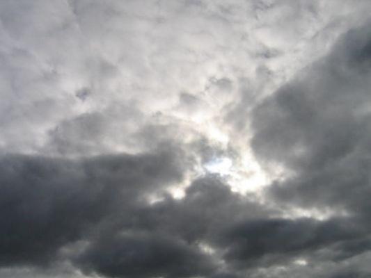 Meteo weekend, nuvoloso ma asciutto | Piogge sparse in serata