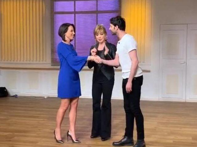 Ballando con le Stelle, Nunzia De Girolamo e Raimondo Todaro: la reazione del marito
