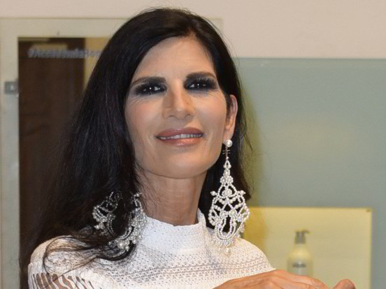 """Pamela Prati contro il suo ex legale: """"La mia reputazione è rovinata"""""""