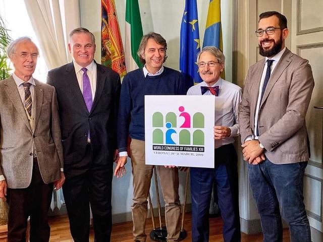 Congresso di Verona: arriva la diffida sul logo di Palazzo Chigi
