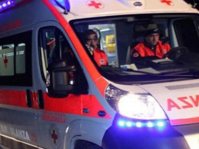 Montefano, scontro tra due auto: sei feriti al pronto soccorso
