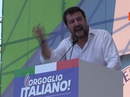 """Matteo Salvini: """"Siamo 200mila in piazza San Giovanni, cambieremo il Paese. Mandiamoli a casa"""""""