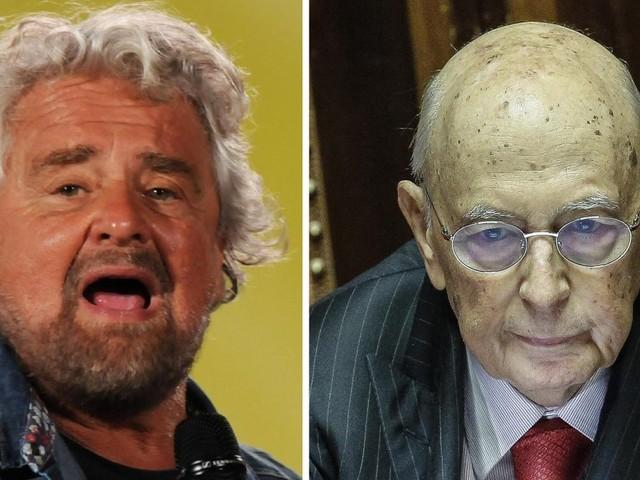 """Beppe Grillo contro Giorgio Napolitano: """"In vacanza a spese nostre"""". La replica: """"Sempre pagato tutto di persona"""""""