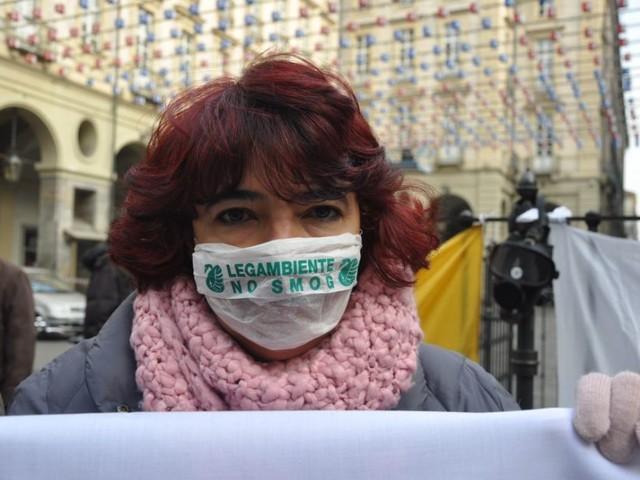 Smog: a Torino è allerta viola e a Roma è Mal'Aria. «Siamo in emergenza, la stessa emergenza, da 40 anni»