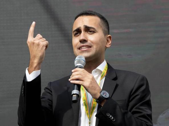 Crisi di governo: Di Maio alza il prezzo, schizza lo Spread e Zingaretti si arrabbia