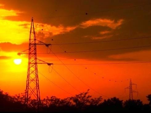 Consumi di energia elettrica in Italia: ad agosto +9,5%