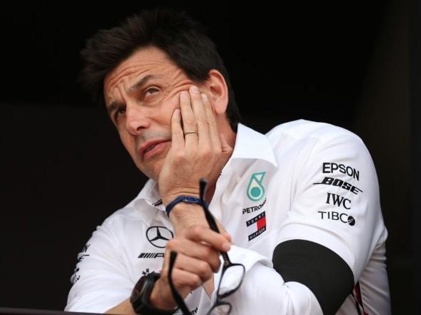 """Wolff: """"Peccato per Leclerc, è un grande pilota"""""""