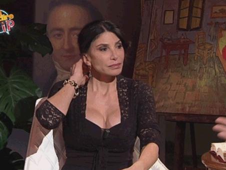 """Grande Fratello Vip, Carmen Di Pietro: """"Votano solo i bimbiminchia ma la gente mi ama. Daniele Bossari vincerà"""""""