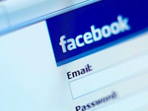 Come creare due profili su Facebook