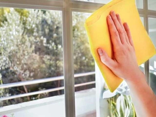 Vetri: i rimedi e i prodotti per pulirli