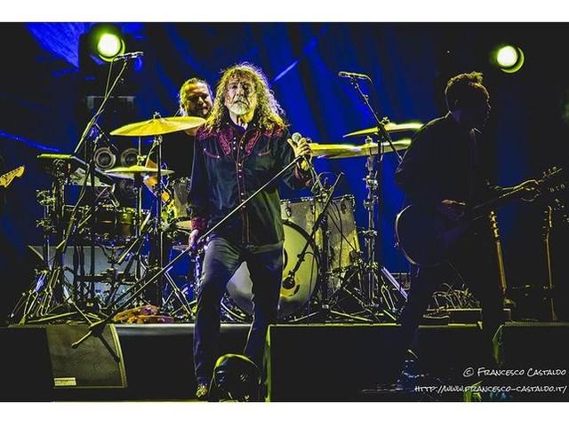 Robert Plant: polemica per il suo concerto a Wolverhampton