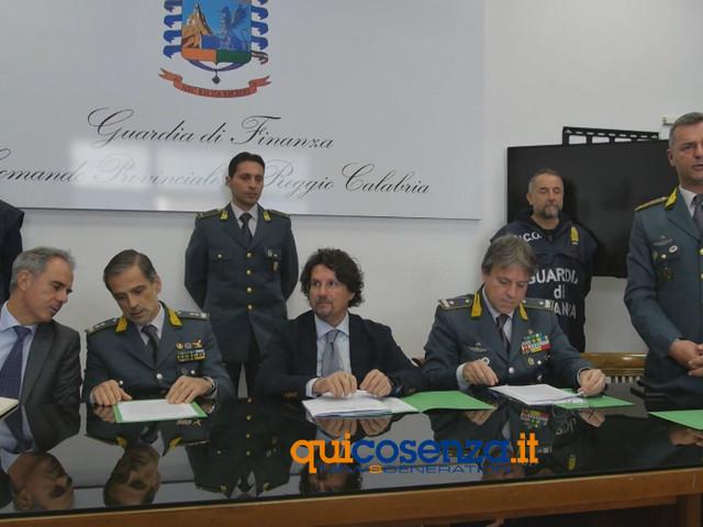 """Magma, i fiumi di cocaina dei Bellocco. Bombardieri: """"interessi verso i rifiuti"""""""