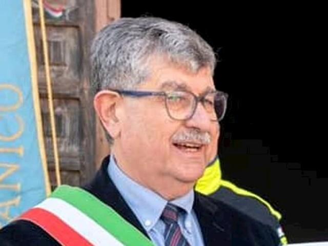 San Nicandro Garganico, è morto il sindaco Costantino Ciavarella: combatteva contro il Covid