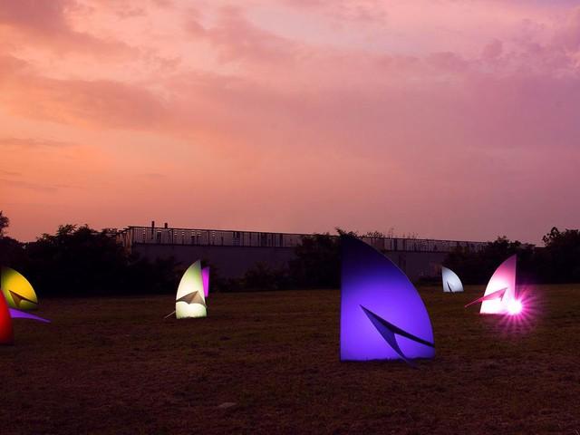 La strana installazione artistica a Vigodarzere: Flying Away