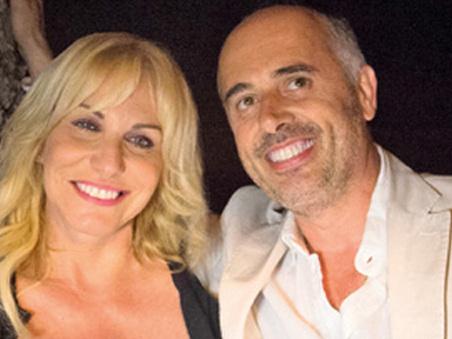 Antonella Clerici e Vittorio Garrone in vacanza in Normandia