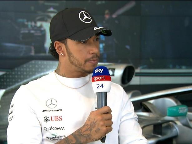 """Hamilton: """"Ferrari? I test non mi preoccupano"""""""