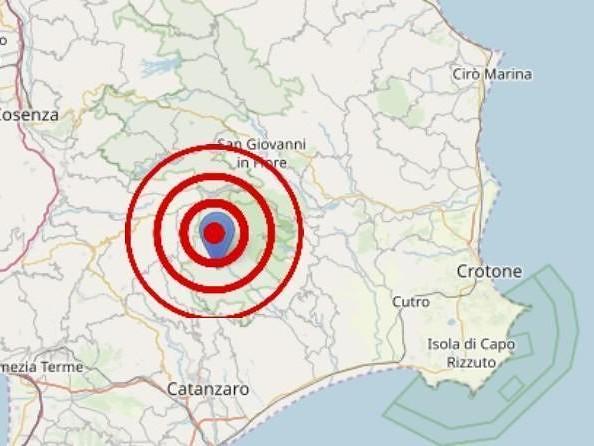 Trema ancora la terra in Calabria, nuova scossa di terremoto nel Catanzarese