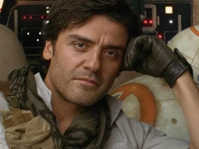 Star Wars: L'ascesa di Skywalker – Poe Dameron sul Millennium Falcon [FOTO]