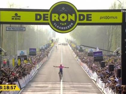 Era nel destino di Alberto Bettiol vincere il Giro delle Fiandre