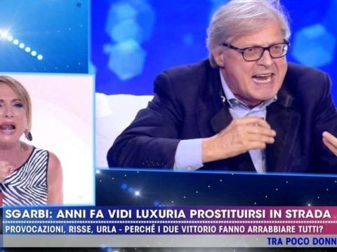 Vittorio Sgarbi e Vladimir Luxuria, lite furiosa a Live non è la d'Urso [VIDEO]
