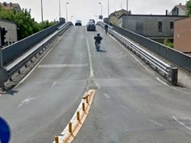Vicenza, cavalcavia chiuso per indagini sulla struttura