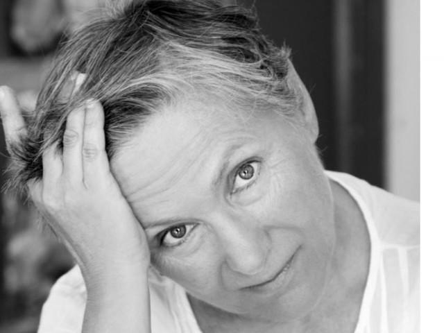 """""""Non a Voce Sola"""" fa tappa a Porto Recanati con la poetessa Mariangela Gualtieri"""